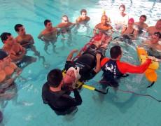 Funcionários da Caldense realizam curso de Salvamento Aquático