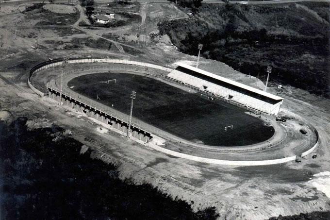 Estádio recém construído em 1979.