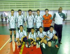 Futsal sub -15 da Caldense joga em Andradas