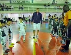 Caldense homenageia ex-funcionário em Campeonato de Futsal
