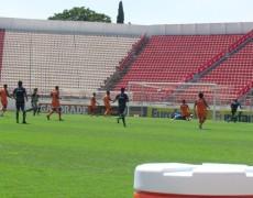 Caldense vence campeão paulista em SP
