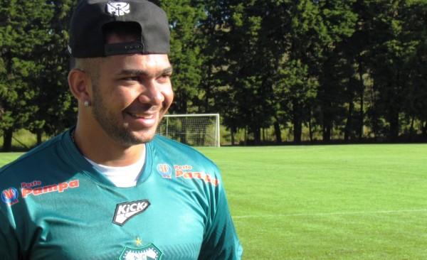 Diney, ídolo da torcida, está de volta para disputa da Série D do Brasileiro