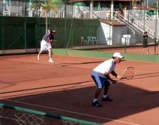 Caldense realiza torneio interno de tênis