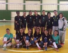Vôlei feminino da Caldense vence campeonato em Cambuquira
