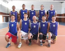 Caldense apoia equipe masculina de vôlei da cidade