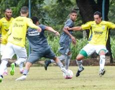 Caldense leva dois gols do XV de Piracicaba, mas empata o jogo e quase vira