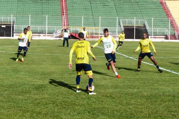 Ronaldão está pronto para uso (Foto: Renan Muniz / Caldense)