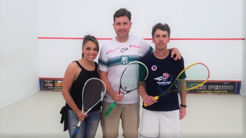 Atletas da Caldense se destacam em torneio paulista de squash