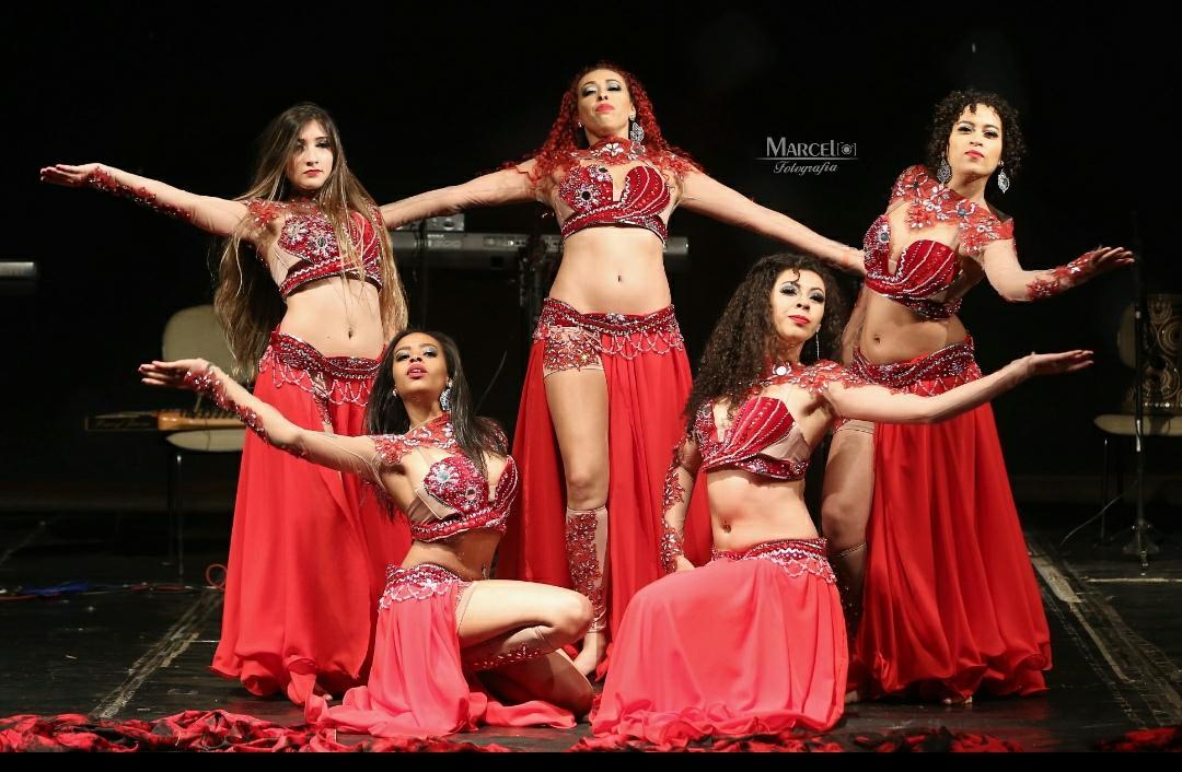 Professora da Caldense conquistou prêmios em competição de Dança do Ventre