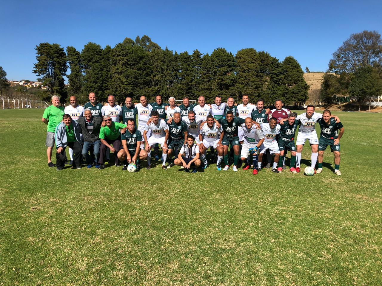 Equipe de futebol máster realiza jogo-treino visando os próximos compromissos