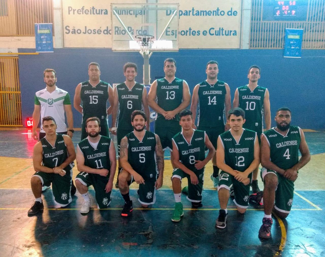 Basquete adulto da Caldense segue dando show e vence DEC Rio Pardo