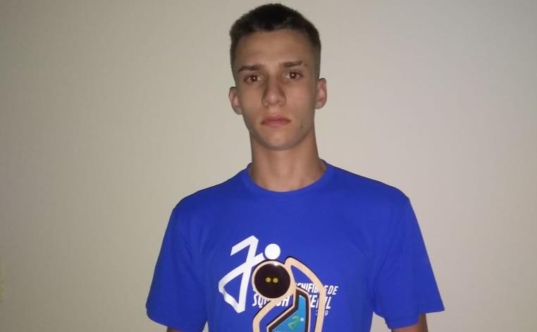 Guilherme Lopes conquista 3º lugar em etapa do Circuito Brasileiro Juvenil de Squash