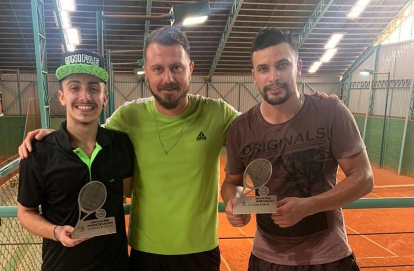 Atletas da Caldense são campeões do Aberto de Tênis de Poços de Caldas