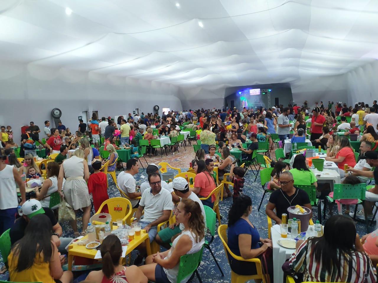 Com público recorde na Matinê, Carnaval da Caldense fez sucesso entre os sócios