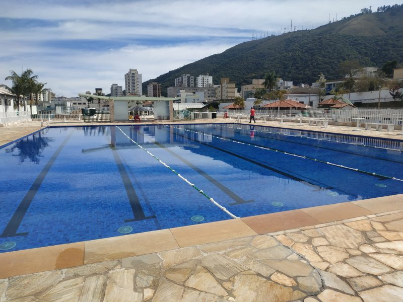 Piscina grande é liberada para treinos e piscina térmica recebe mais um aquecedor