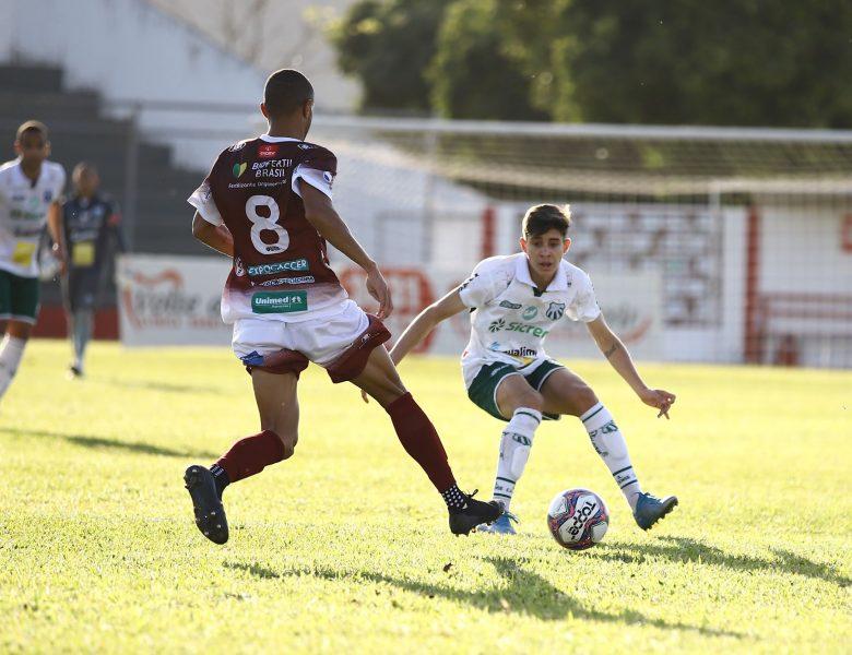 Caldense vence Patrocinense fora de casa por 3 a 2 e assume vice-liderança do grupo