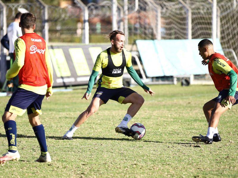 Último jogo do primeiro turno: Caldense treina focada no jogo frente ao Rio Branco-VN