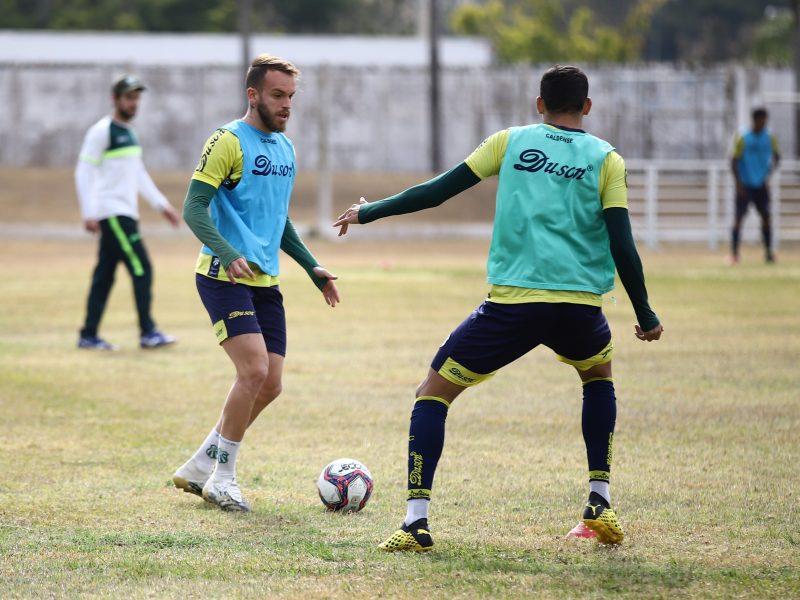 Caldense treina no Ronaldão em preparação para abertura do returno contra o Rio Branco-VN