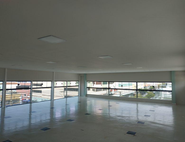 Telhado, forro e janelas: Andar superior da academia da Caldense recebe melhorias