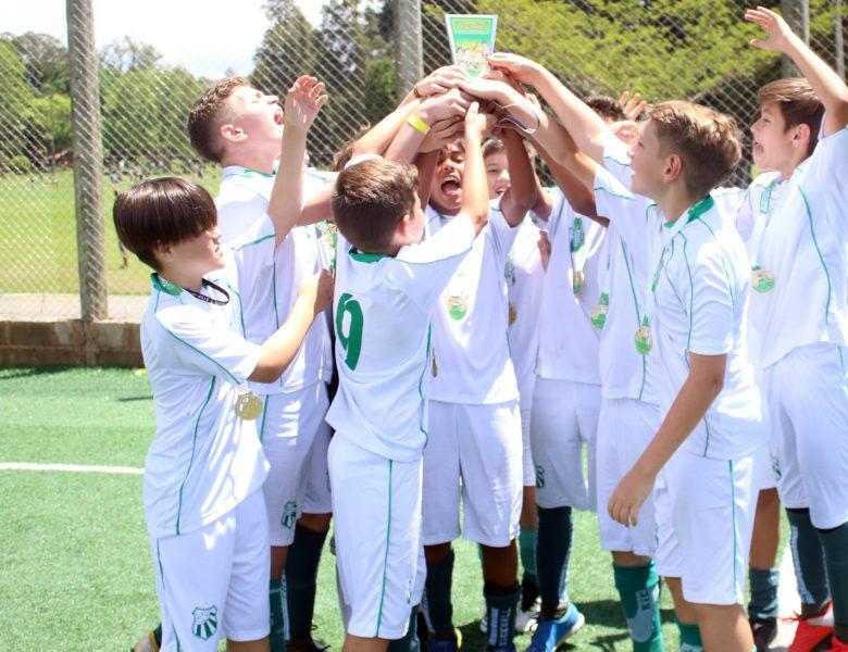 Sub-12 da Caldense é campeão do Torneio Dia das Crianças de Futebol Society